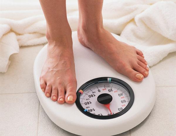 Mất cân bằng nội tiết tố nữ dẫn đến tăng cân
