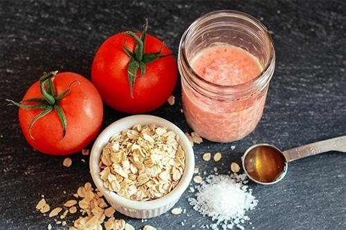 Cà chua và yến mạch, sữa chua giúp mờ nám sạm và trắng sáng