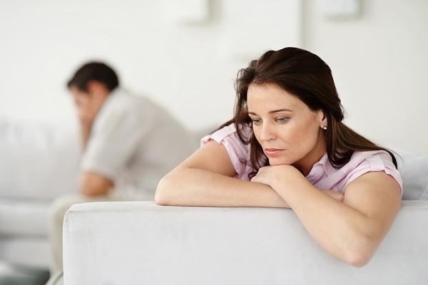 Tuổi tác là một trong những nguyên nhân chính gây ra khô âm đạo