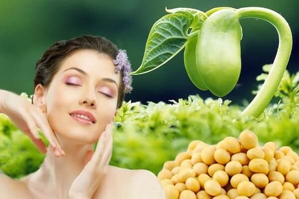 Phụ nữ trên 18 tuổi có thể bổ sung mầm đậu nành nguyên xơ để cải thiện vòng 1 hiệu quả