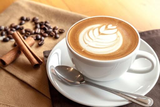 Phụ nữ bị đau bụng kinh tuyệt đối không được uống cafe nếu không muốn làm bệnh nghiêm trọng hơn