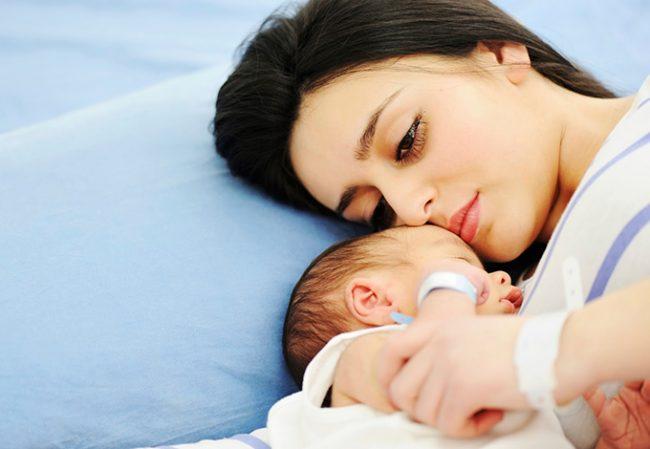 Hiện tượng rong kinh sau sinh kéo dài phải làm sao